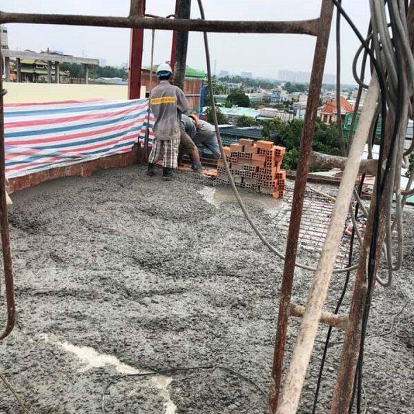 Công tác đổ bê tông phần sân thượng