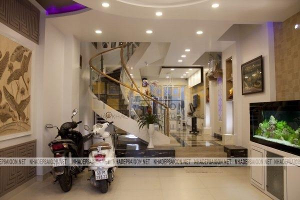 Không gian tầng 1 bao gồm sảnh và phòng ăn