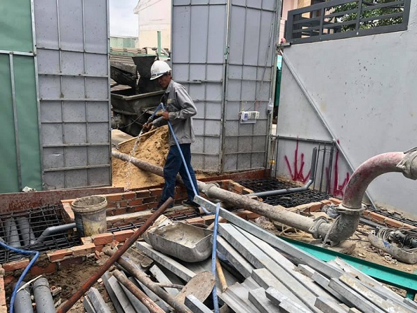 Trước khi xây dựng một công trình mới Nhà Đẹp Sài Gòn luôn có những hàng rào chắn để bảo vệ công trình cũng như môi trường sống xung quanh cho người dân