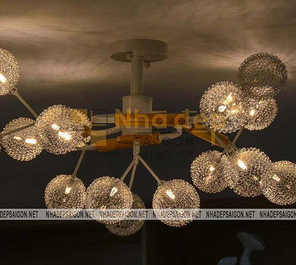 Đèn sử dụng vừa để chiếu sáng vừa để mục đích trang trí