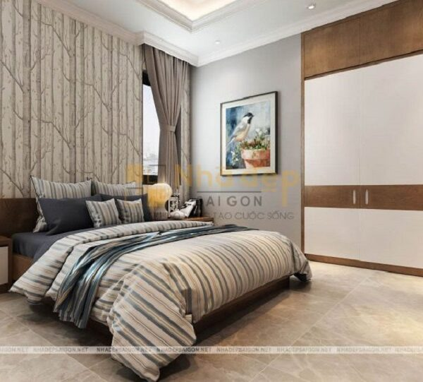 Phòng ngủ thứ 2 sử dụng gam màu trầm với những đường kẻ sọc làm nổ bật căn phòng, sử dụng tủ tường cũng là một cách để tối ưu không gian cho căn phòng.