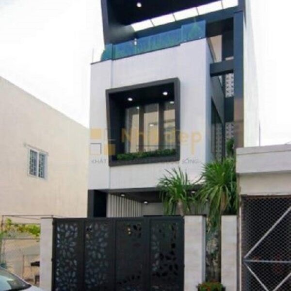 Mẫu nhà 2 tầng với mặt tiền được thiết kế khá độc đáo