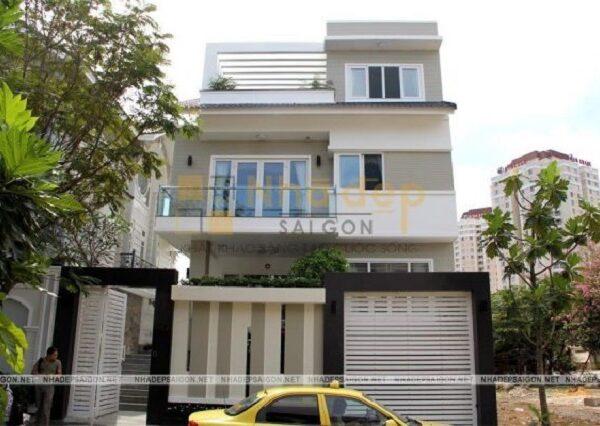 Mẫu nhà 7x14 xây dựng theo kiểu biệt thự phố với 2 tầng 1 tum hiện đại và trẻ trung.
