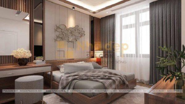 Mẫu nhà 7x18 - Phòng ngủ dành cho người lớn được hướng ra ban công nên tận dụng được ánh sáng tự nhiên