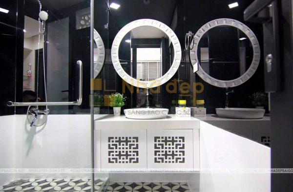 Nhà vệ sinh với thiết kế hiện đại và sạch sẽ