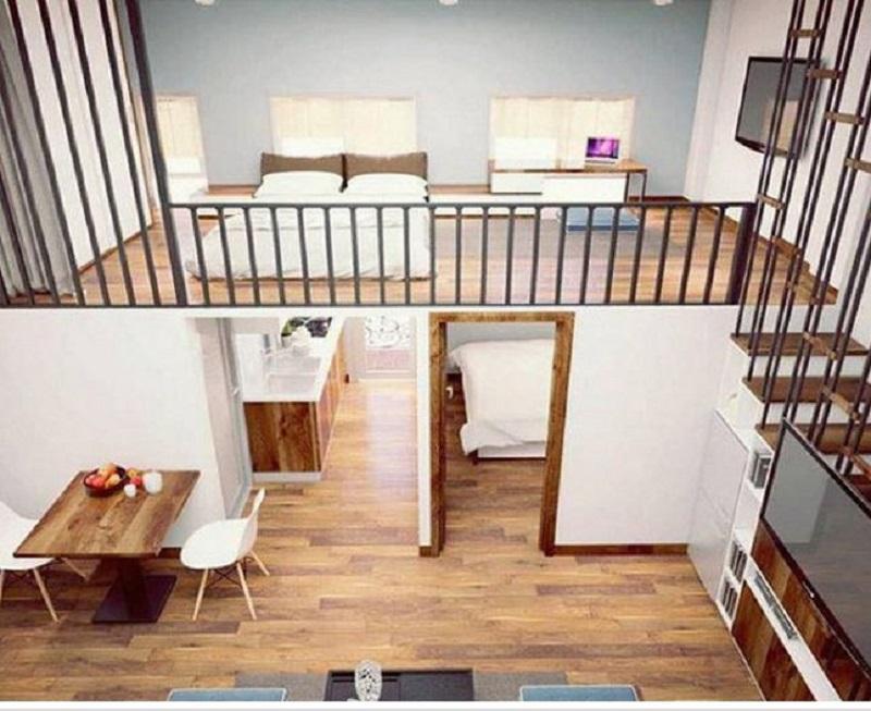 Đây cũng là một mẫu nhà cấp 4 gác lửng bố trí 2 phòng ngủ. Sử dụng sàn gỗ để trang trí tạo cho cảm giác ấm cúng và mát mẻ