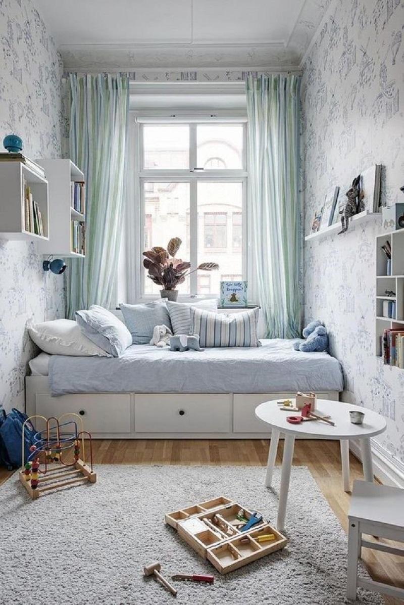 Mẫu thiết kế phòng nhỏ dành cho bé trai có sở thích và cá tính mạnh. Nội thất phòng ngủ được trang trí khá đẹp mắt.