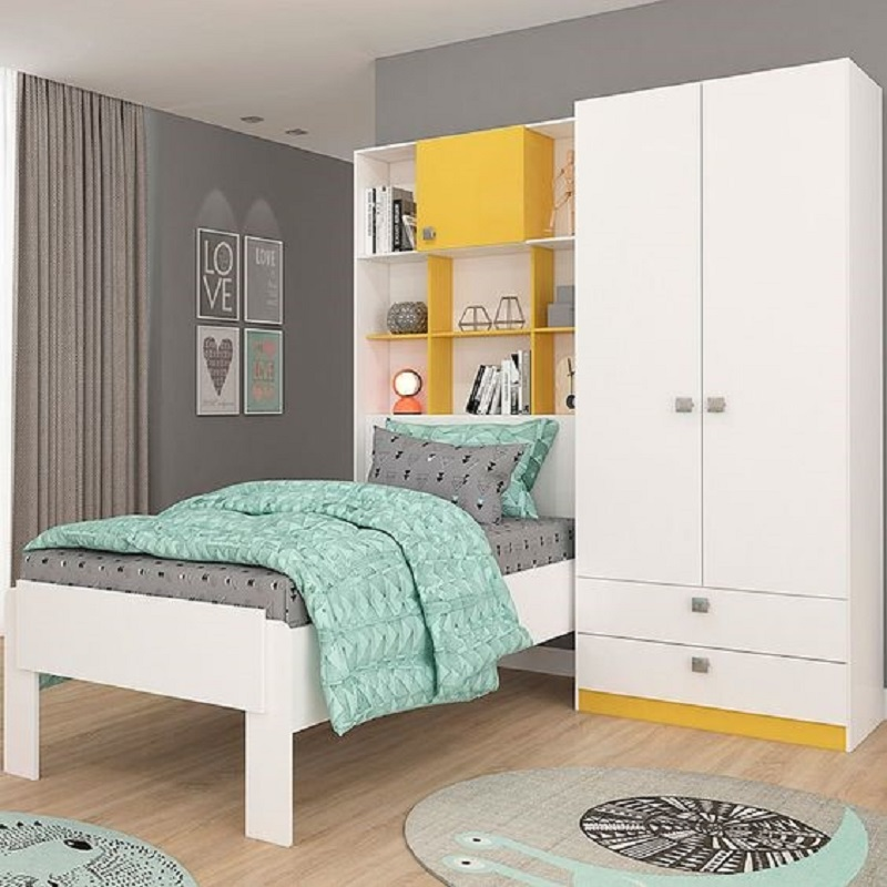 Sử dụng tranh treo tường cũng là một ý tưởng hay để decor phòng ngủ nhỏ